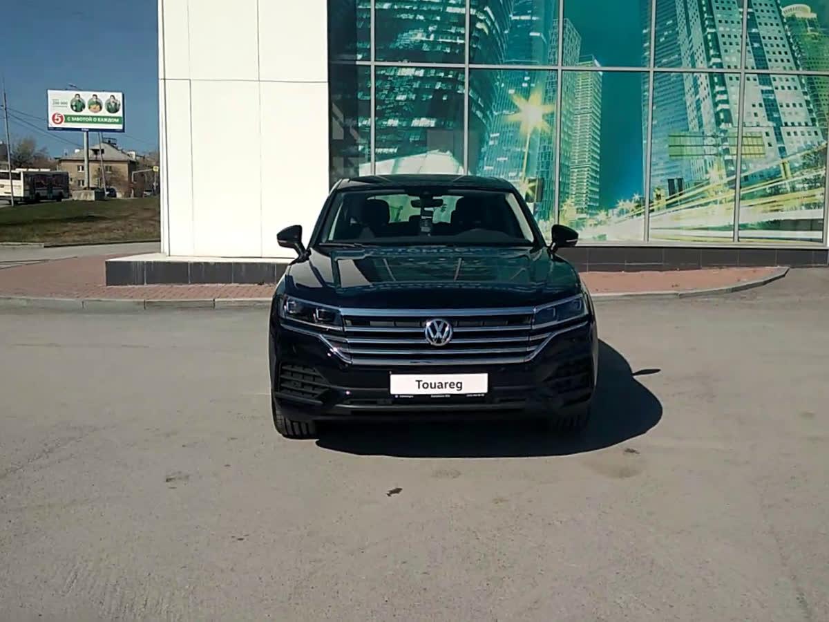 2019 Volkswagen Touareg III, чёрный, 4553000 рублей