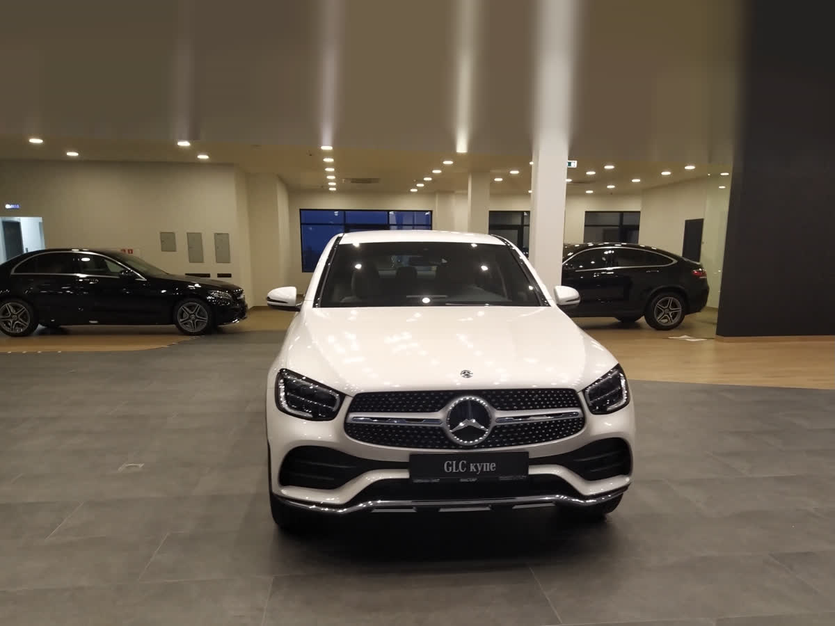 2019 Mercedes-Benz GLC Coupe  I (C253) Рестайлинг 300, белый, 4527000 рублей