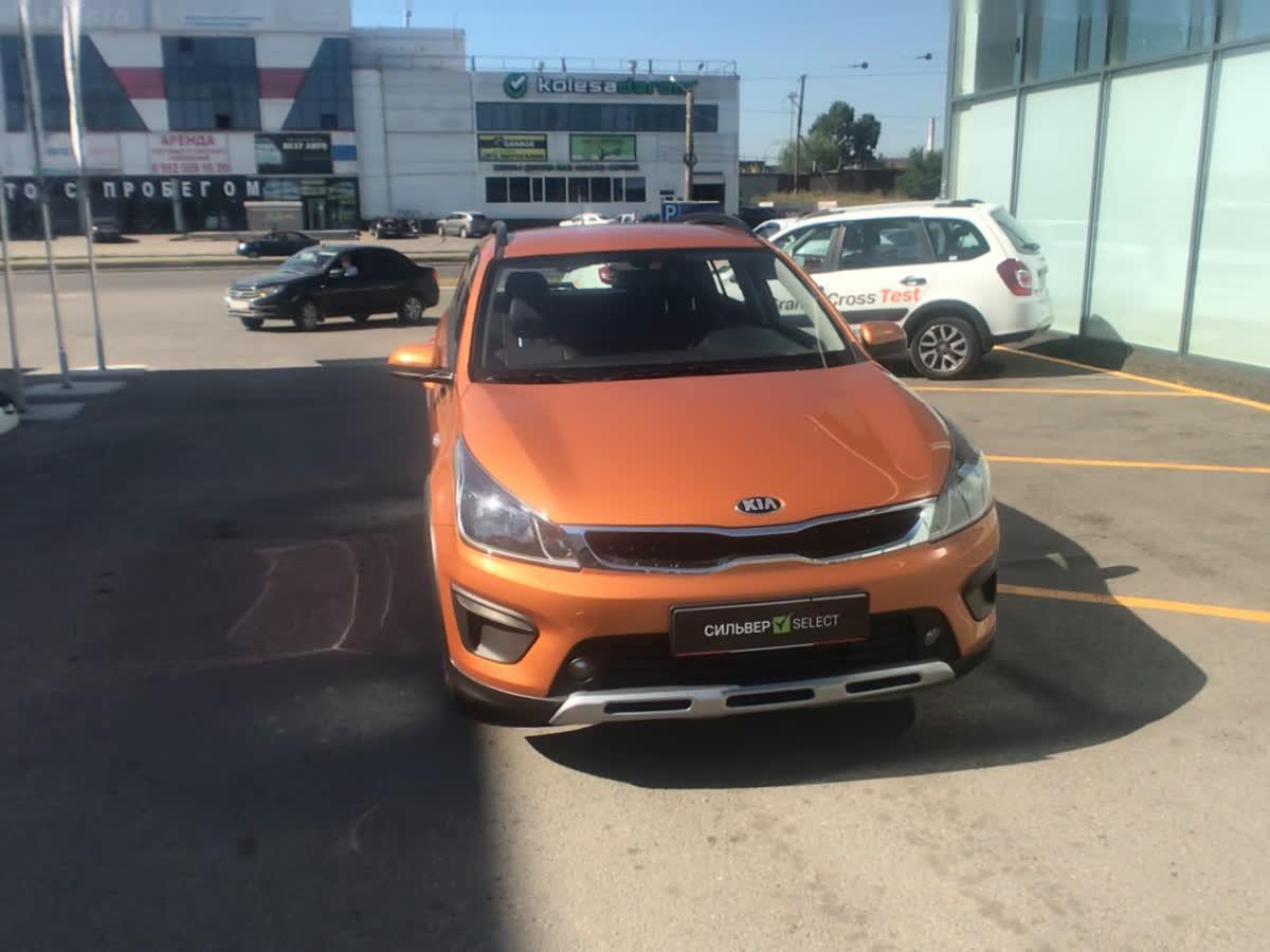 2018 Kia Rio  IV X-Line, оранжевый, undefined рублей